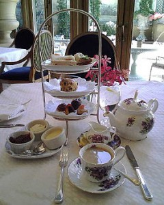 280px-Tea_at_the_Rittenhouse_Hotel